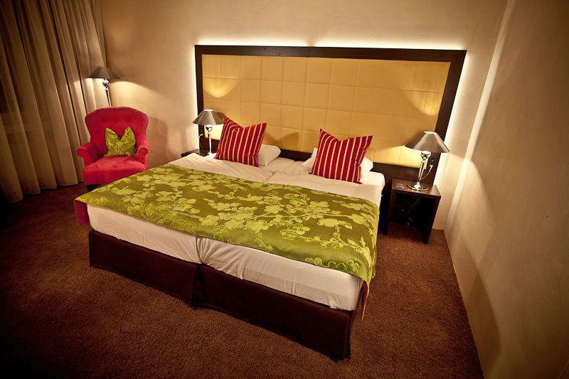 Beispiel: Zimmer, Foto: Schlosshotel Rettershof.