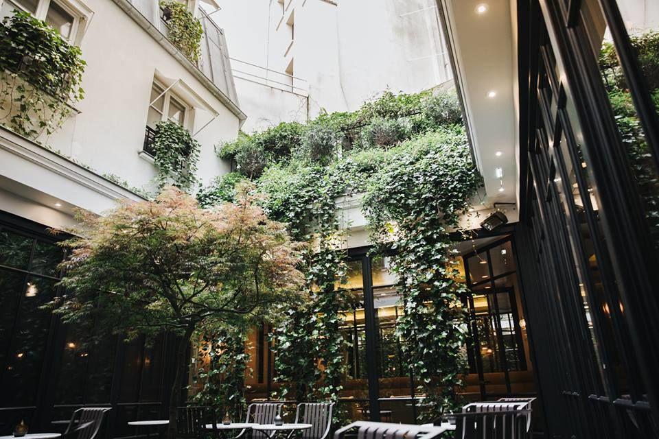 Patio du restaurant Le Baudelaire