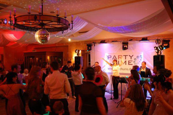 Beispiel: Von Rock über Pop bis Bella Italia, Foto: Die Band Party-Time.