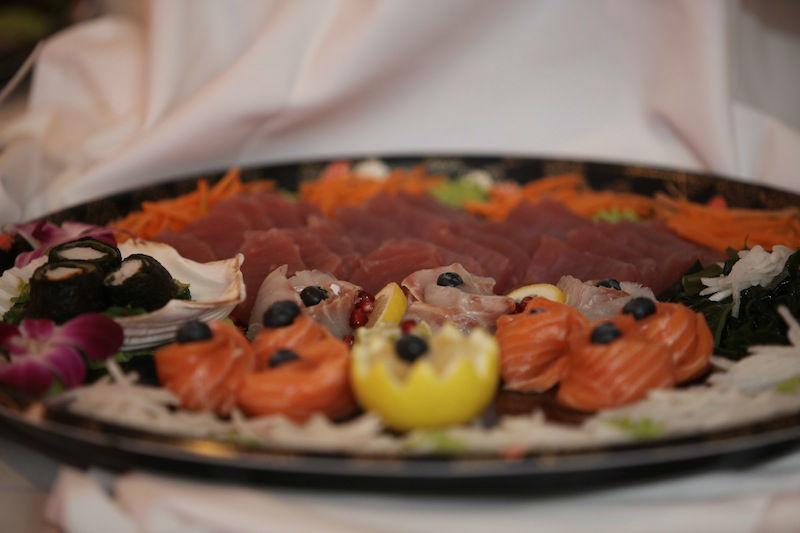 Beispiel: Leckere Gerichte für Ihre Hochzeitsfeier, Foto: BeBride.