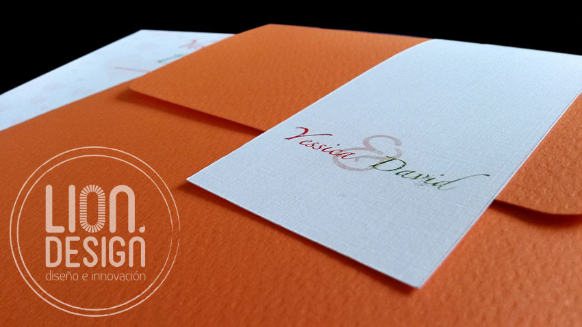 Tarjeta Colors, elige el color que más te guste para el sobre.
