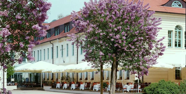 Beispiel: Schlosshotel Pillnitz - Außenansicht, Foto: Schlosshotel Pillnitz.