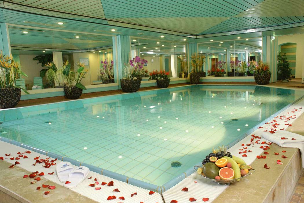Beispiel: Schwimmbad, Foto: Maritim Park Mannheim.