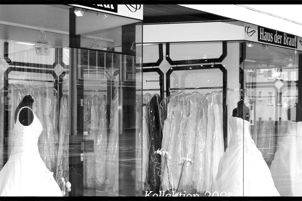 Beispiel: Brautmodengeschäft Haus der Braut, Foto: Haus der Braut.