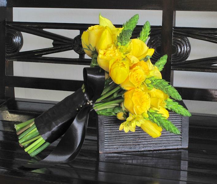 Decoración y diseño floral para bodas, ramos de novia, boutonnier, centros de mesa, tocados. Magnolia Florería en Mérida