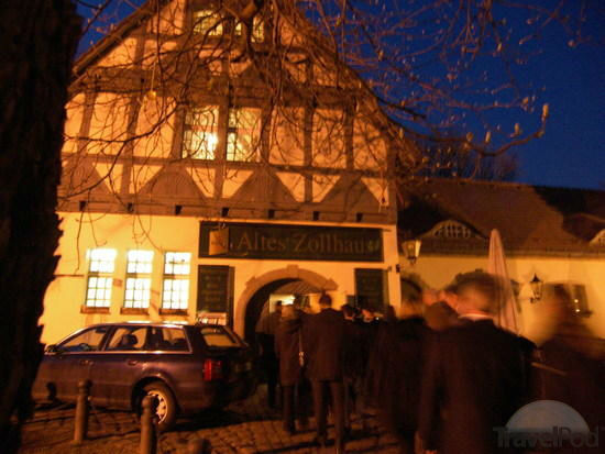 Beispiel: Aussenansicht bei Nacht, Foto: Altes Zollhaus.