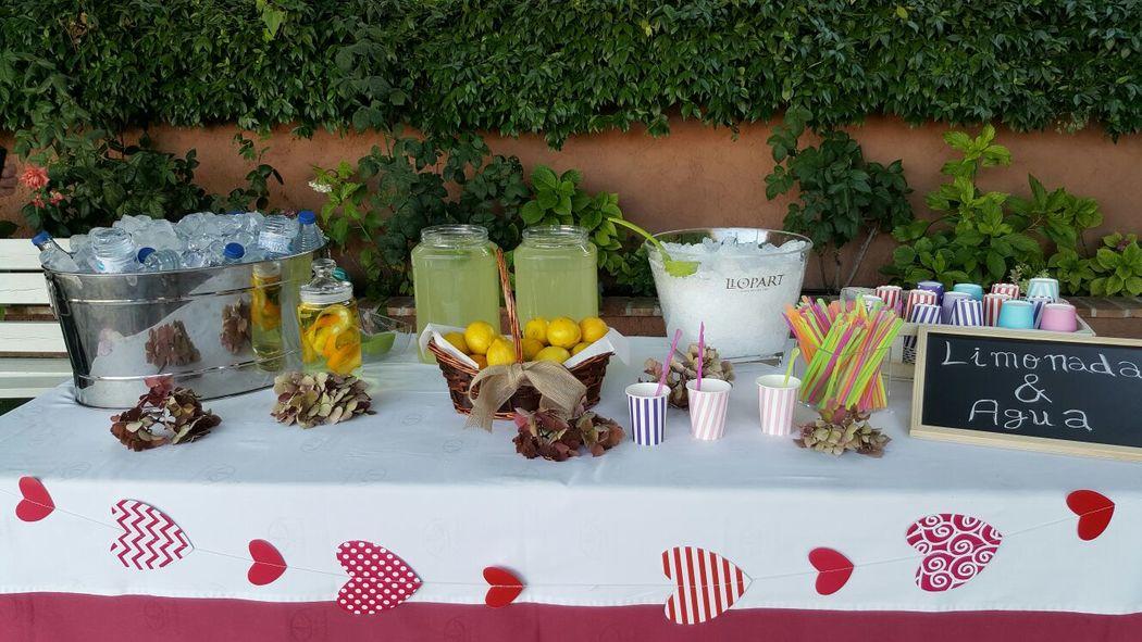 Mesa de limonada