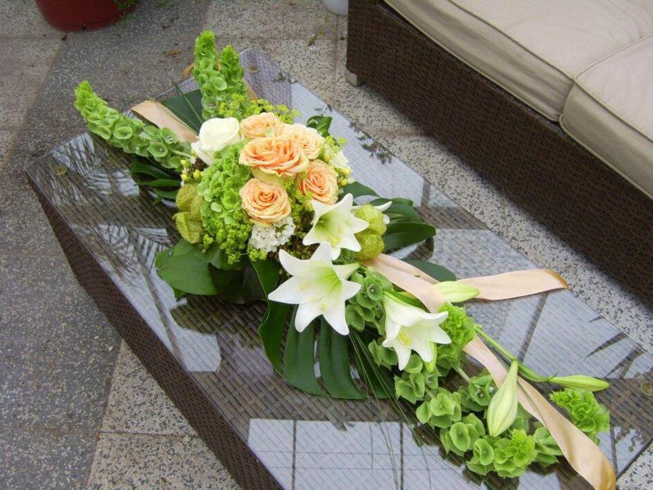 Beispiel: Floraler Tischschmuck, Foto: Gartencenter Burgenland.
