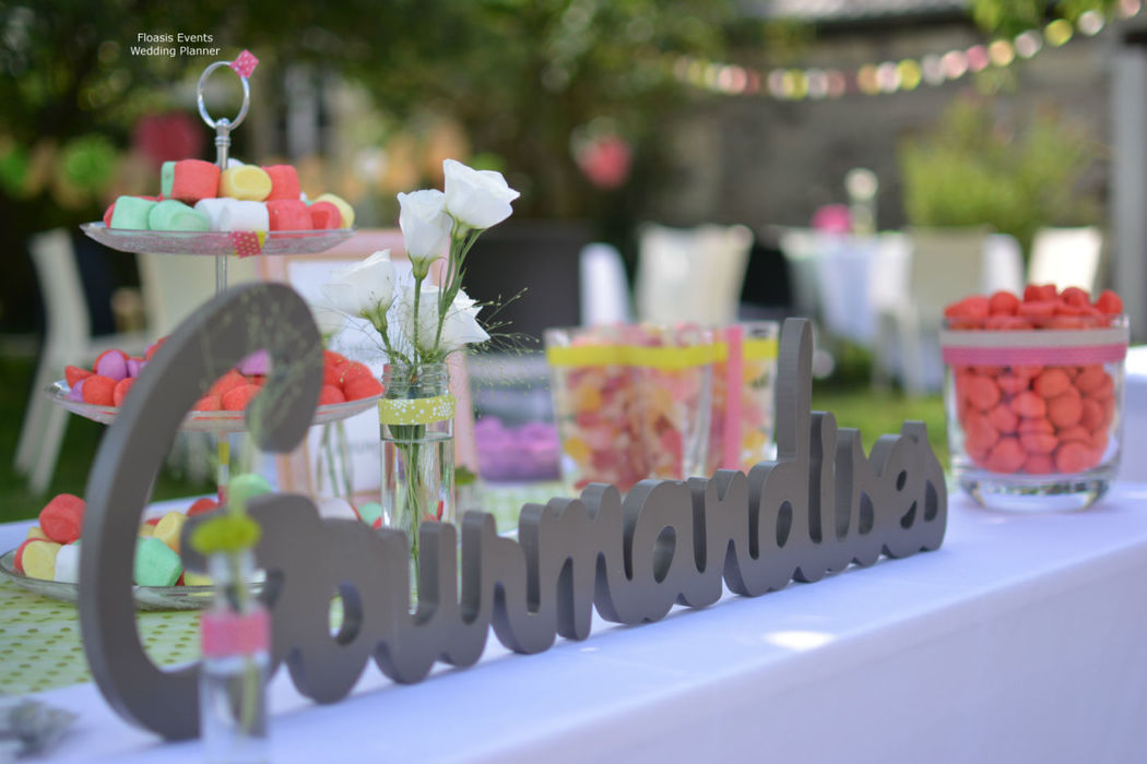 Candy Bar by Floasis Events wedding planner