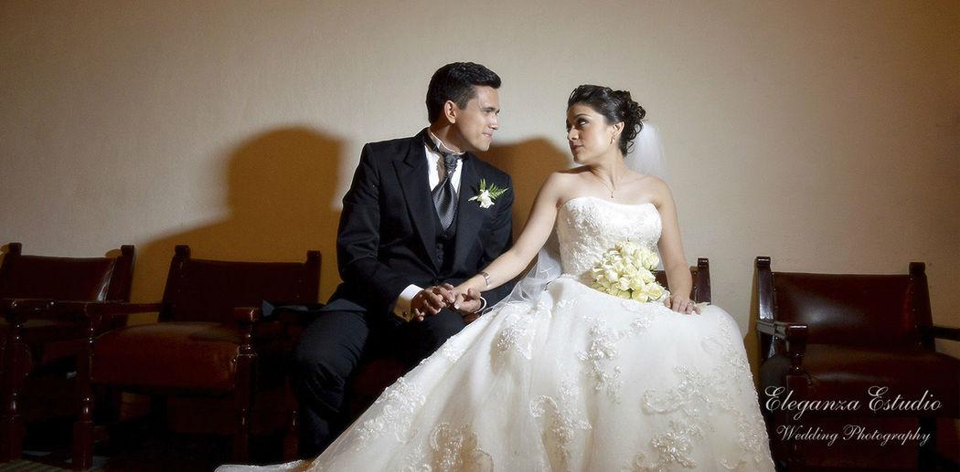 Sesión en el salón del evento, Boda Ingrid y Luis, Guanajuato Gto.