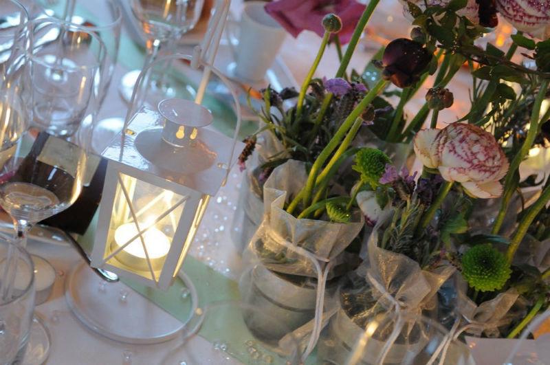Centre de table romantique Floasis Events wedding planner - Photo Karine Wender