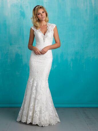 Свадебное платье силуэта русалка идеально подчеркнет прекрасную фигуру невесты.