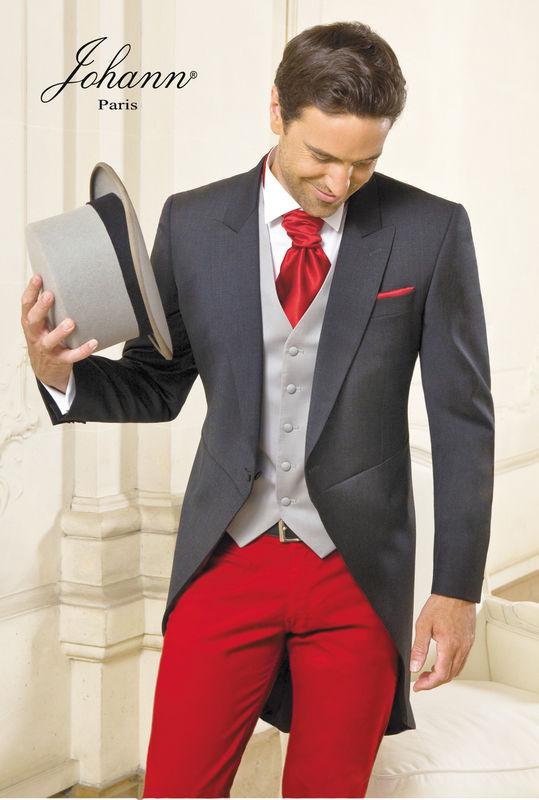 Jaquette de mariage grise et pantalon sur mesure rouge - Johann