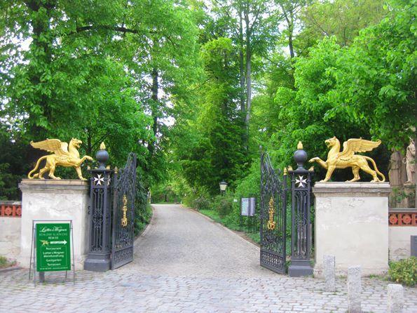 Schloss Glienicke