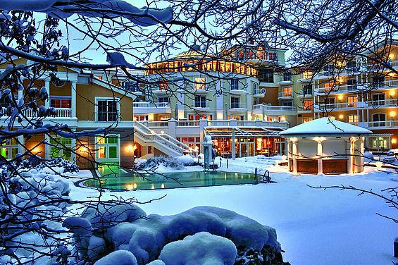 Beispiel: Ansicht von der Gartenanlage im Winter, Foto: Travel Charme Strandidyll Heringsdorf.