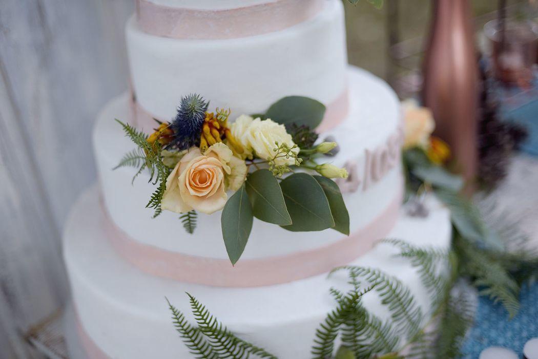 Décor floral de wedding cake