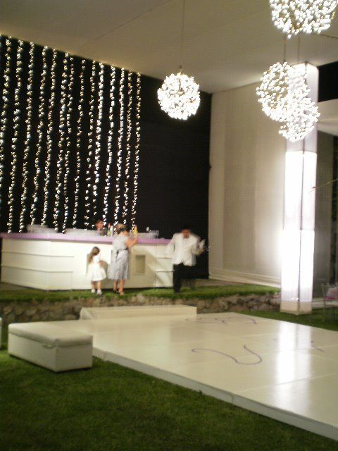 toldo e iluminacion decorativa altura de 6 a 8 metros