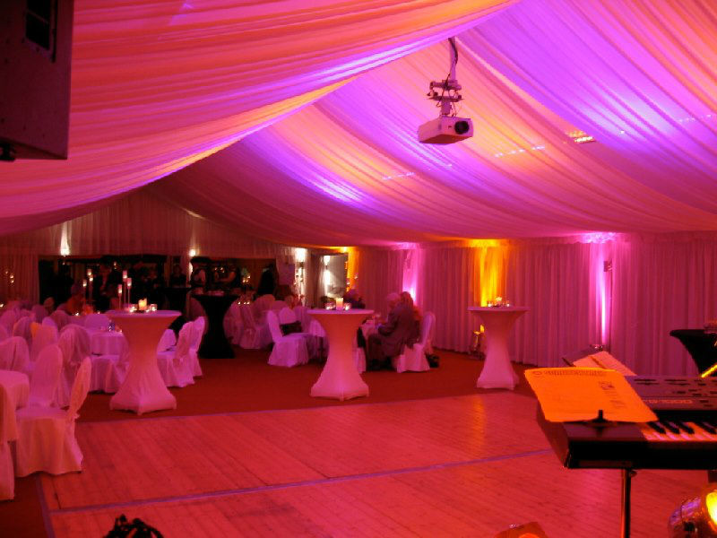 Beispiel: Beleuchtung Partyzelt, Foto: ALLSTARS Eventservice.
