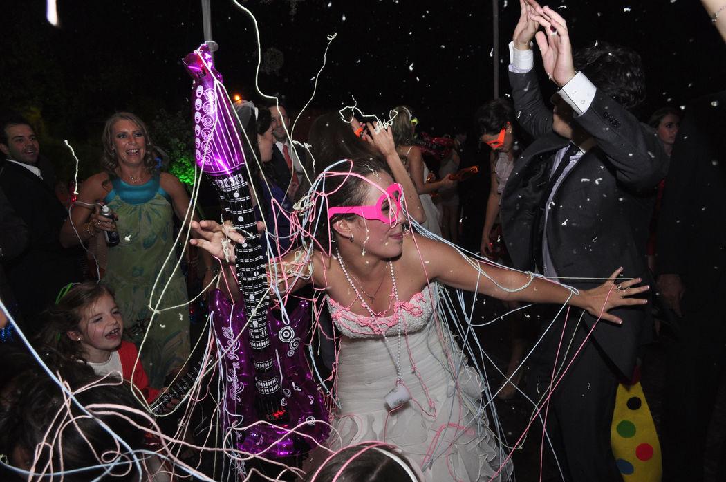 Eventos Sociales: Bodas, XV Años, Aniversarios, Cumpleaños, Fiestas Tema