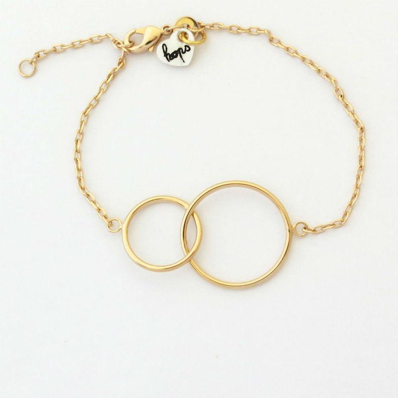 Pulsera Toi&moi. Símbolo de la unión entre 2 seres, la pulsera Toi&moi es una preciosidad.