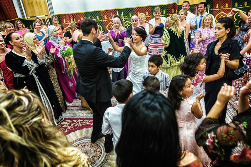 Beispiel: Fotos von der Hochzeitsfeier, Foto: Chris Yeo Photography.