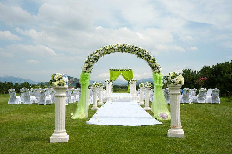 Beispiel: Hochzeit im Grünen, Foto: Die Hochzeitsplaner.