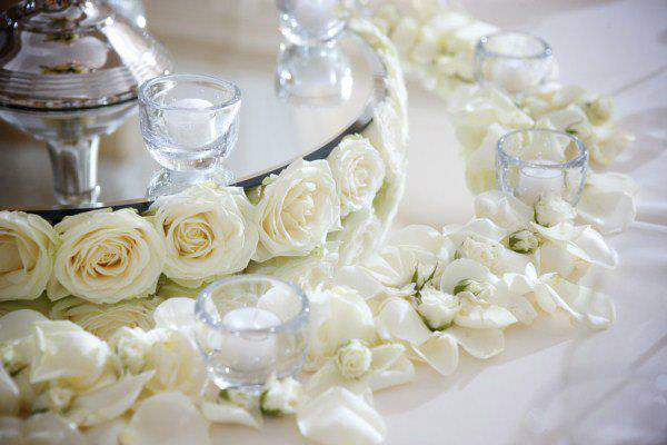 Beispiel: Tischdekoration, Foto: Blumenzauber.