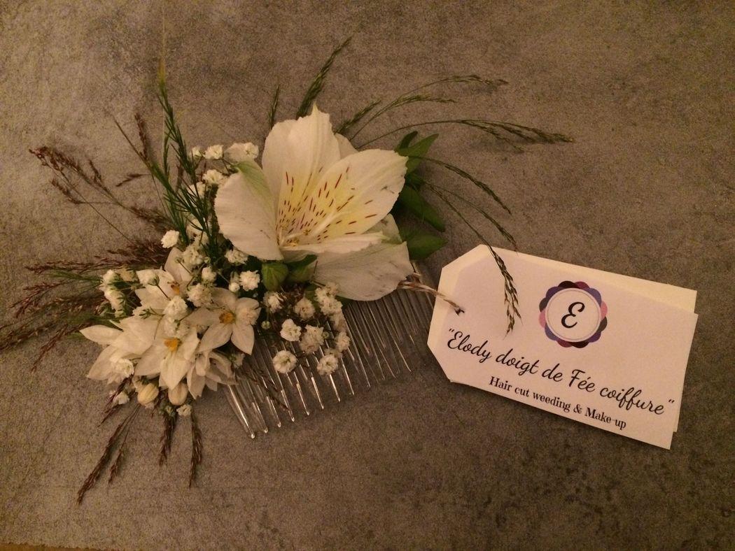 création de couronne et peigne en fleur fraîche