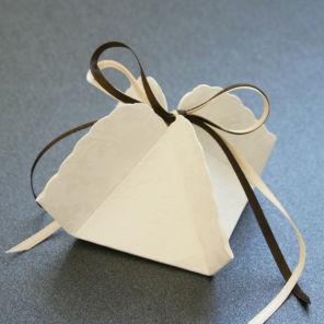 Beispiel: Kartonagen, Foto: Sweet Wedding Gastgeschenke.
