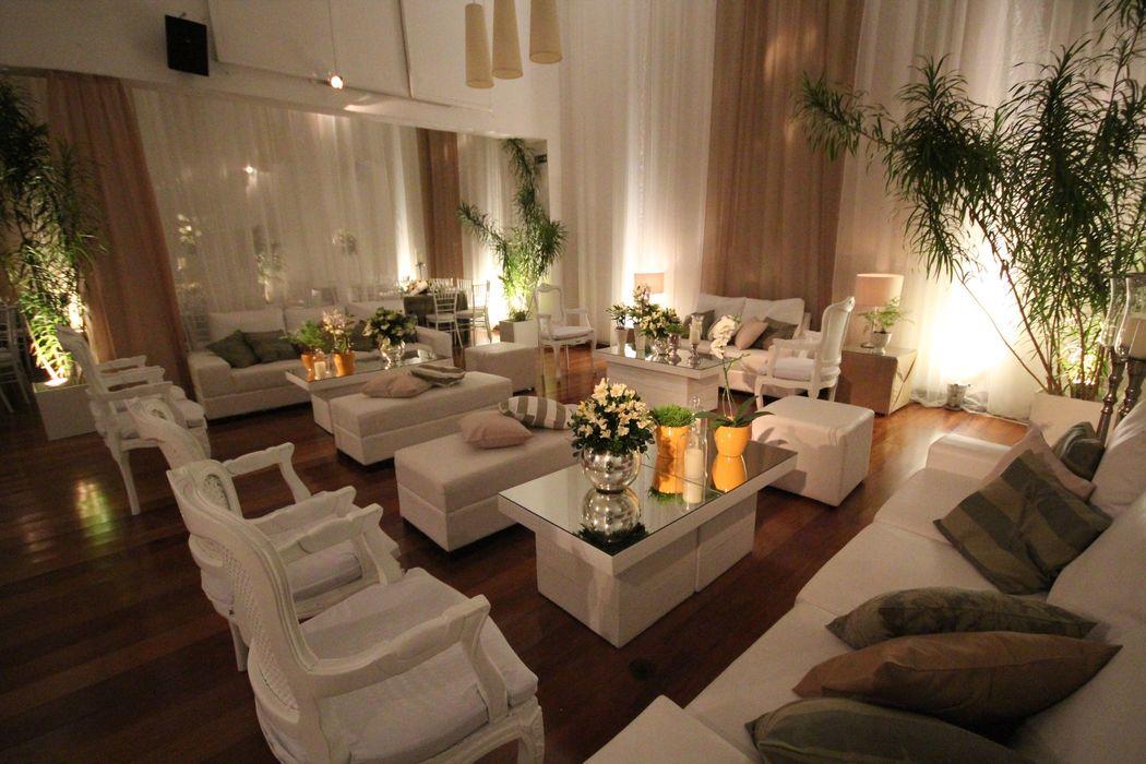 Lounge em branco e verde