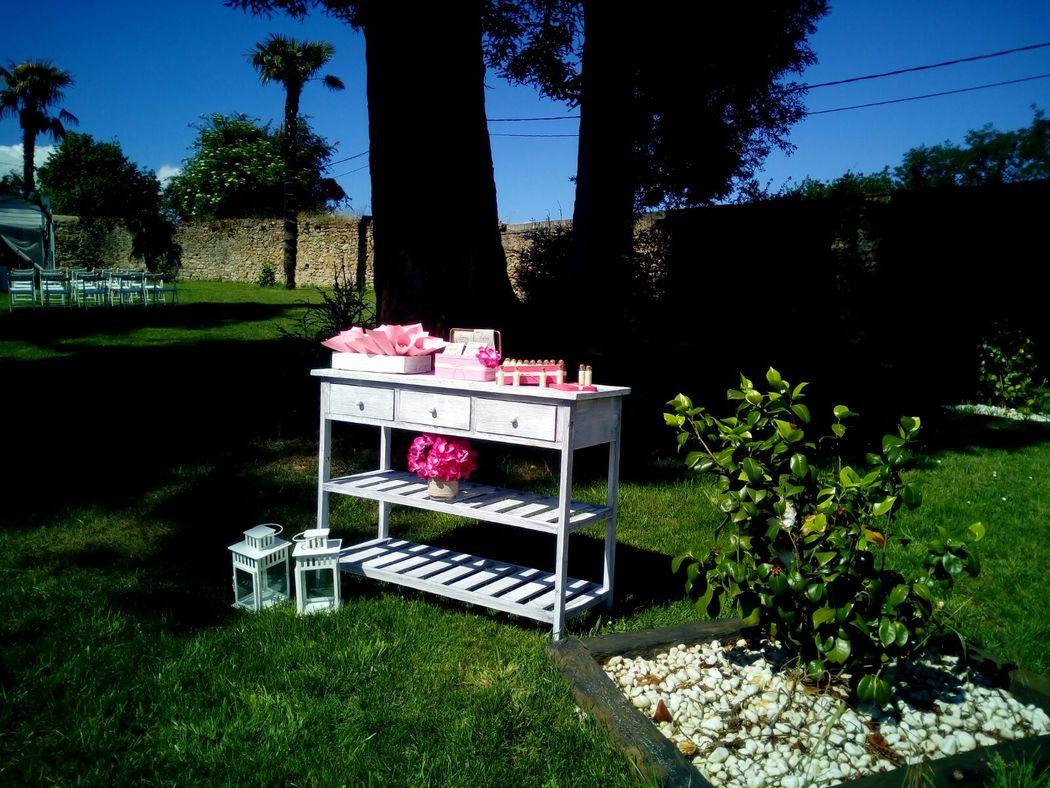 Mesa de Ceremonia RetroCaravan El Botón Rosa