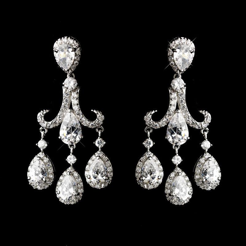 Boucles d'oreilles mariage chandelier - ISIS Boucles d'oreilles chandelier vintage en imitation diamants.