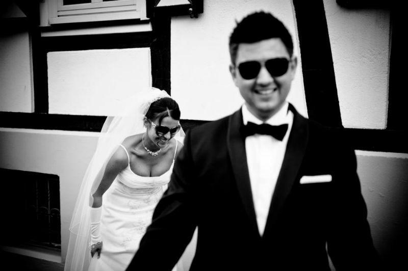 Beispiel: Lustige Hochzeitsfotos, Foto: Fotomanufaktur Wessel.