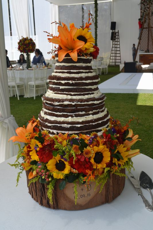 Naked brownie cake, matrimonio en Club Regatas, La Cantuta.