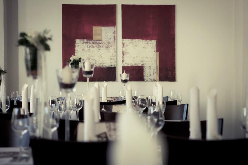 Beispiel: Tischdekoration, Foto: Weingut Domhof.