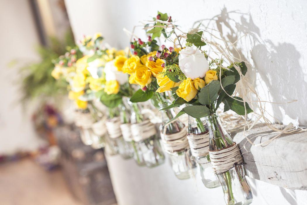 Detalles Floristika, en todos nuestros eventos trasmitimos con detalles pequeños o grandes la pasión y amor que le tenemos a las flores, cada detalle es importante para nosotros.