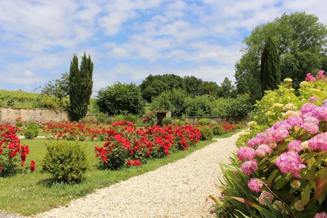 les jardins fleuris de l'abbaye