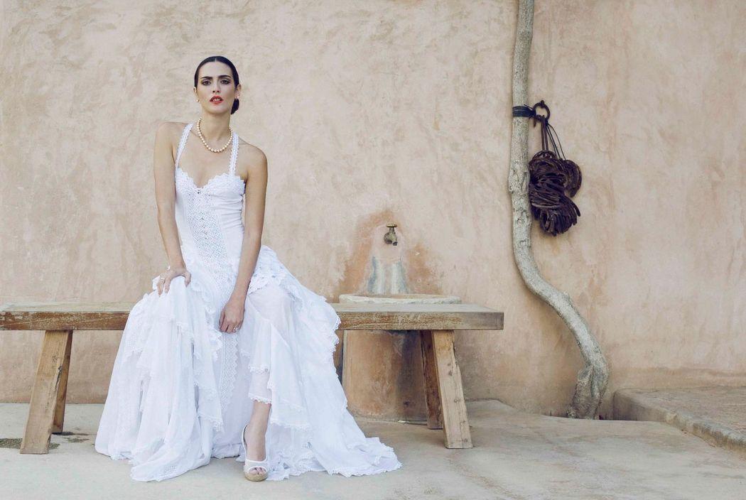 Novias by Charo Ruiz 2015 vestido pasarela Ref 00309