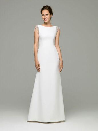 Стильное, утонченное свадебное платье с изящно декорированными плечами от дизайнера Helen Miller