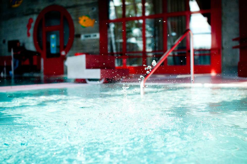 Beispiel: Schwimmbad, Foto: Hotel Twannberg.
