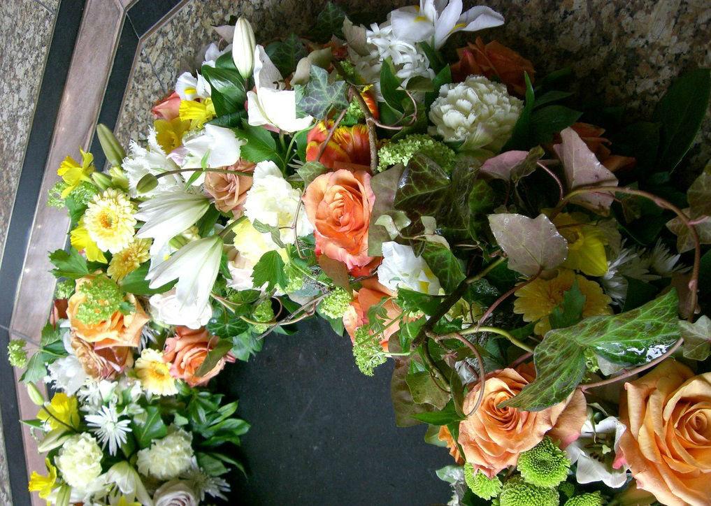 Beispiel: Blumendekoration, Foto: Flor & Decor flowers.more.