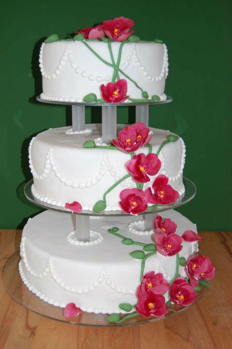 Beispiel: Klassische Torte für Ihre Hochzeit, Foto: Unsere Hochzeitstorte.