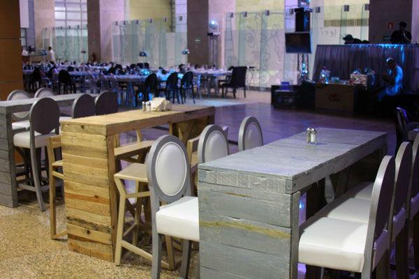 Desde montajes tradicionales hasta barras y mesas lounge… en Centro Citibanamex todo es posible.