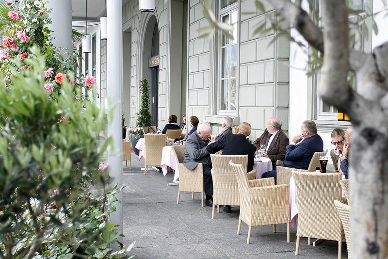 Terrasse Foto: Hotel Schweizerhof Luzern