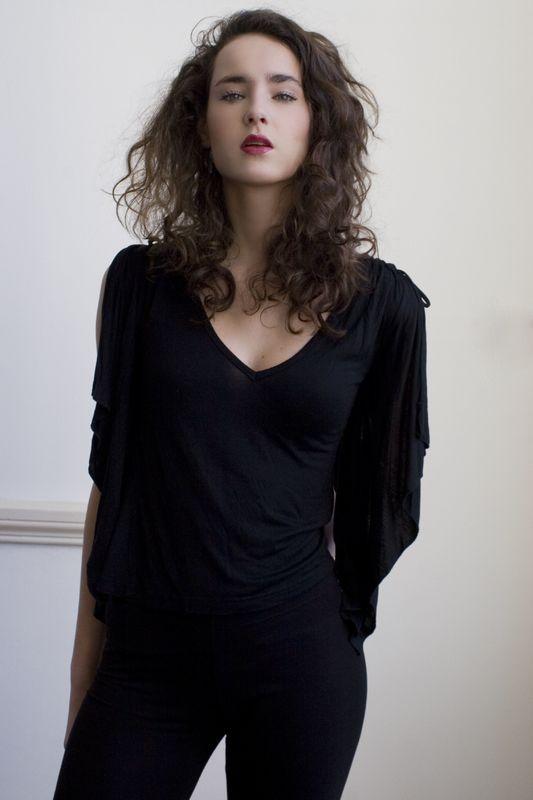 Zarah Aharon HAIR & MAKE-UP