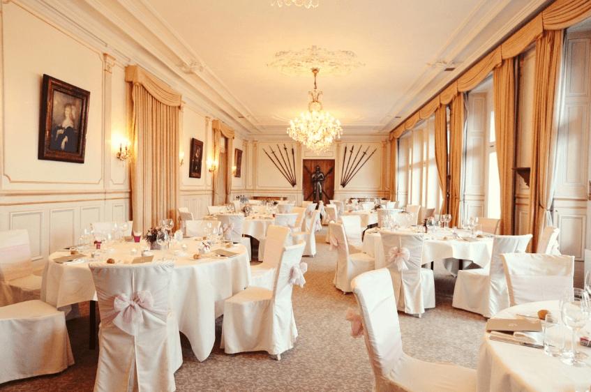 Beispiel: Hochzeit im Chateau Gütsch - Bankett, Foto: OGI - EVENTS.
