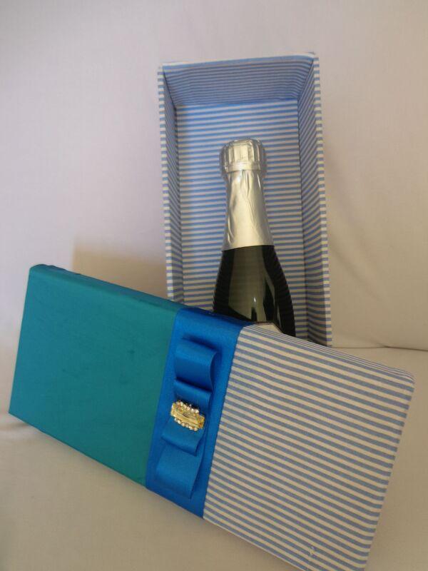 Caixa personalizada em tecido para mini Chandon