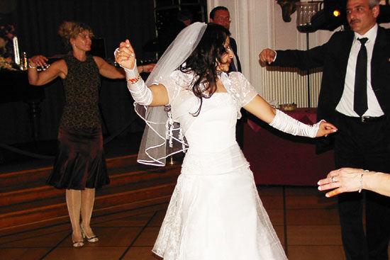 Beispiel: Hochzeitstanz, Foto: Landhaus Hubertus.