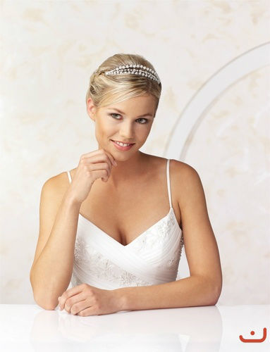 Beispiel: Haarschmuck für die Braut, Foto: Doris Renn.
