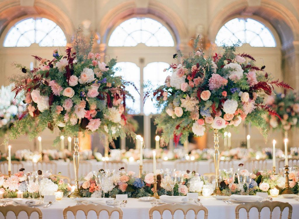 Château wedding floral decor